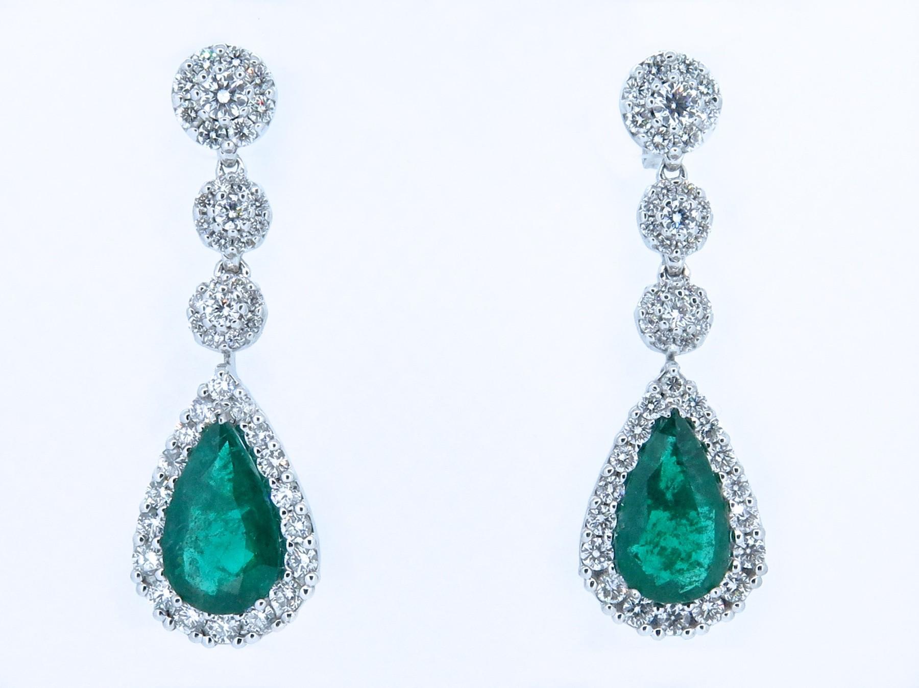 Eccezionale Orecchini pendenti con smeraldi   Liviano Soprani   Taglieria  EH56